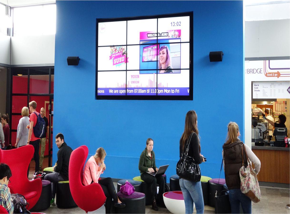 education digital signage solution